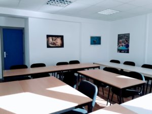 French course classroom at Inflexyon