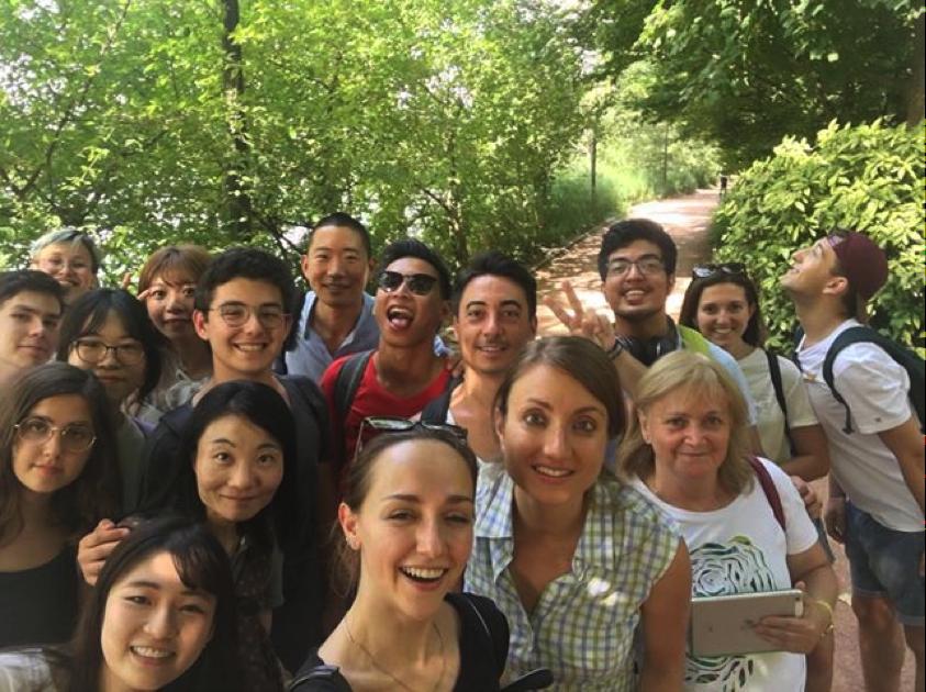 International students in Parc de la tête d'or in Lyon 2018